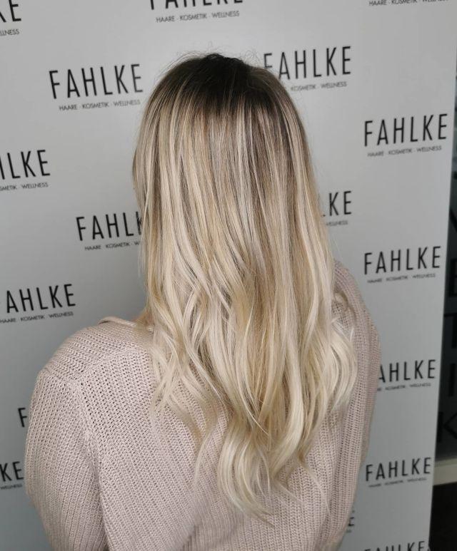 Balayage 🤍💛 By @frittinchen . . #labiosthetique #labiosthetiqueparis #salonfahlke #friseurgütersloh #hairgoals #haircolor #fashion #hairfashion #styling #Gütersloh #hair #hairstyle #instahair #hairstyles #haircolour #haircolor #hairdye #hairdo #haircut #longhairdontcare #fashion #instafashion #straighthair #longhair #style #straight #curly #black #brown #blonde #brunette #hairoftheday