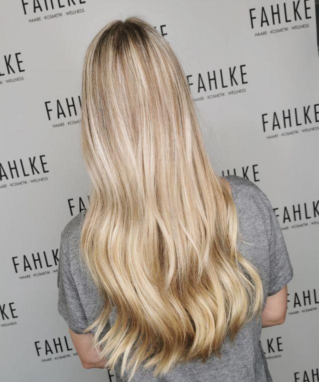 Babylights 🤍 By @frittinchen . . #labiosthetique #labiosthetiqueparis #salonfahlke #friseurgütersloh #hairgoals #haircolor #fashion #hairfashion #styling #Gütersloh #hair #hairstyle #instahair #hairstyles #haircolour #haircolor #hairdye #hairdo #haircut #longhairdontcare #fashion #instafashion #straighthair #longhair #style #straight #curly #black #brown #blonde #brunette #babylights
