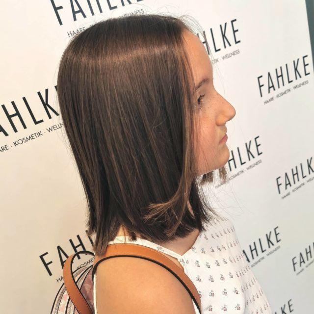 Helle Strähne ohne färben mit Bondings von @hairdreams_de Auch für die kleinen Kunden 😊 By @frittinchen . . #labiosthetiqueparis #labiosthetique #salonfahlke #friseurgütersloh #hairgoals #haircolor #fashion #hairfashion #styling #Gütersloh #hair #hairstyle #instahair #hairstyles #haircolour #haircolor #hairdye #hairdo #haircut #longhairdontcare #fashion #instafashion #straighthair #longhair #style #straight #curly #black #brown #blonde #blondehair