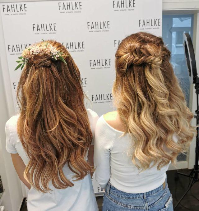 Bride & Bridesmaid 💮🌸 By @frittinchen & @bia_nca_du . . #labiosthetique #labiosthetiqueparis#salonfahlke  #haircolor #fashion #hairfashion #styling #Gütersloh #hair #hairstyle #instahair #hairstyles #haircolour #haircolor #hairdye #hairdo #haircut #longhairdontcare #fashion #instafashion #straighthair #longhair #style #straight #curly #black